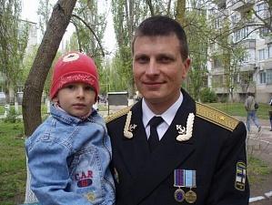 У застреленого українського офіцера залишились дружина і двоє дітей (фото)